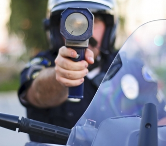 New Radar Gun Reveals Texting Drivers