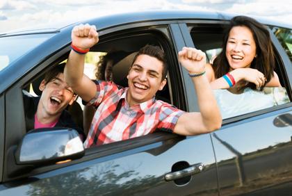 Parents favor strict teen driving laws - IIHS